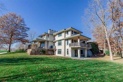 Residential Property for sale in 1401 Woodbury Lane, Liberty, MO, 64068