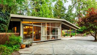 Residential for sale in 10640 Woodhaven Lane, Bellevue, WA, 98004