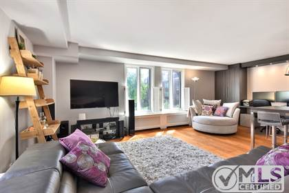 Residential Property for sale in 2400 Rue Ste-Cunégonde 300, Montreal, Quebec