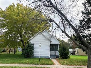 Single Family for sale in 1028 Montana SW, Huron, SD, 57350