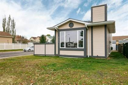 Single Family for sale in 4204 38 ST NW NW, Edmonton, Alberta, T6L4K4