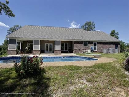 Residential Property for sale in 411 Jennifer Road, Holly Springs, MS, 38635