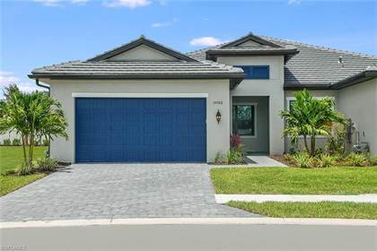 Residential Property for sale in 14760 Kingfisher LOOP, Island Walk, FL, 34120