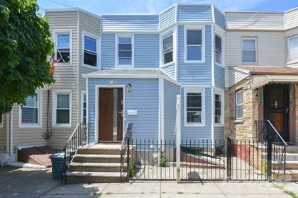 Single-Family Home for sale in 64-18 65th Pl , Middle Village, NY, 11379