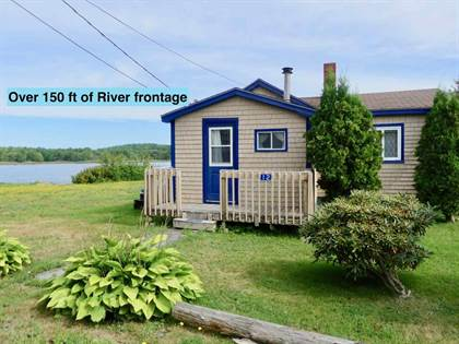 Residential Property for sale in 12 Cowie St, Liverpool, Nova Scotia, B0T 1K0