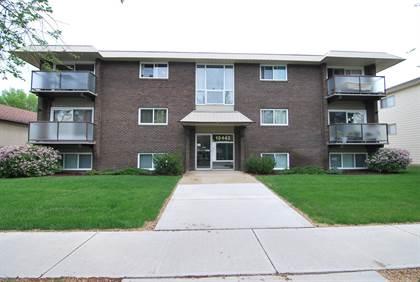 Apartment for rent in 10442 77 Avenue Northwest, Edmonton, Alberta, T6E 1M9