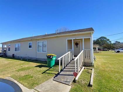 Multifamily for sale in 706 Cedar Bayou Rd, Baytown, TX, 77520