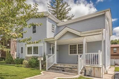 Multifamily for sale in 22 Oldwood Road, Port Washington, NY, 11050