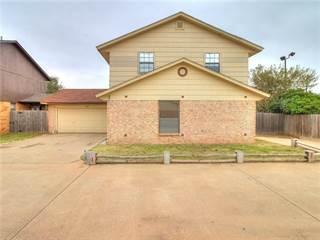 Townhouse for sale in 8402 S Douglas Avenue 2, Oklahoma City, OK, 73139