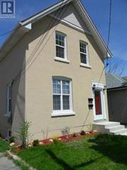 Multi-family Home for sale in 221 GRAND RIVER Avenue, Brantford, Ontario, N3T4Y3