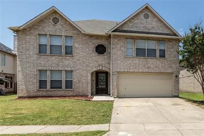 Residential for sale in 2004 Delaford Drive, Arlington, TX, 76002