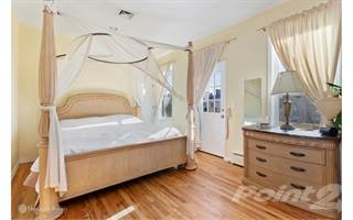 Townhouse for sale in 3721 Neptune Ave, Brooklyn, NY, 11224