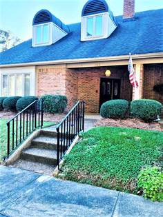 Residential Property for sale in 103 AUTUMN RIDGE DR, Jackson, MS, 39211
