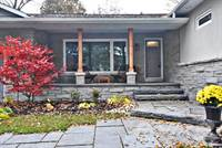 Residential Property for sale in 576 Mulock Court, Newmarket, Ontario