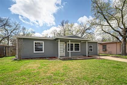 Residential for sale in 1004 Hensley Street, Arlington, TX, 76010