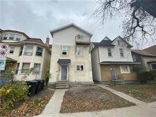 Multi-family Home for sale in 511 William AVE, Winnipeg, Manitoba, R3A0J7