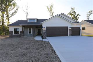 Single Family for sale in 2116 Lake Front Drive, Fort Wayne, IN, 46804