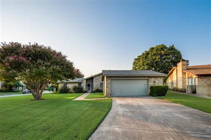 Residential Property for sale in 901 Shady Creek Lane, Bedford, TX, 76021
