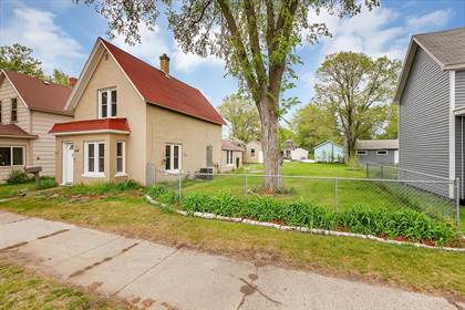 Residential for sale in 414 17 1/2 Avenue N, St. Cloud, MN, 56303