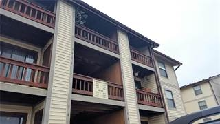 Condo for rent in 1476 Summergate Pkwy U, Saint Charles, MO, 63303