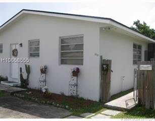 Multi-family Home for sale in 305 N 58th Ave, Hollywood, FL, 33021