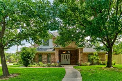 Residential for sale in 3400 Rainer Drive, Arlington, TX, 76016