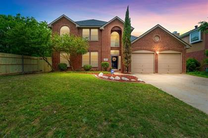 Residential Property for sale in 900 Winterwood Court, Arlington, TX, 76017