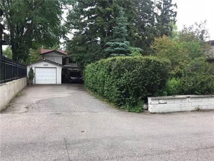 Single Family for sale in 4225 Britannia LN SW, Calgary, Alberta