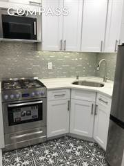Townhouse for rent in 350 East 50th Street 4B, Manhattan, NY, 10017