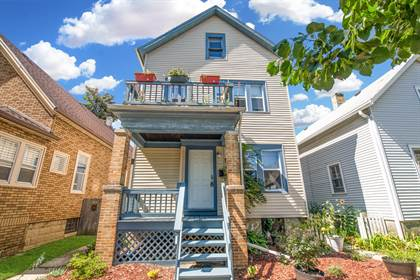 Multifamily for sale in 2429 N Weil St, Milwaukee, WI, 53212