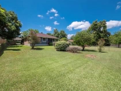 Residential for sale in 1006 Hudson Street, Brenham, TX, 77833