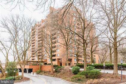 Condominium for sale in 111 HAMLET HILL RD #304, Baltimore City, MD, 21210