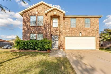 Residential Property for sale in 8015 Stowe Springs Lane, Arlington, TX, 76002