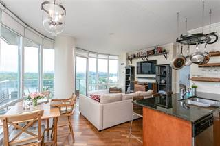 Condo for sale in 15 Windermere Ave 2005, Toronto, Ontario, M6S5A2