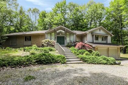 Residential Property for sale in 2463 FARMBROOK Trail, Oxford, MI, 48370