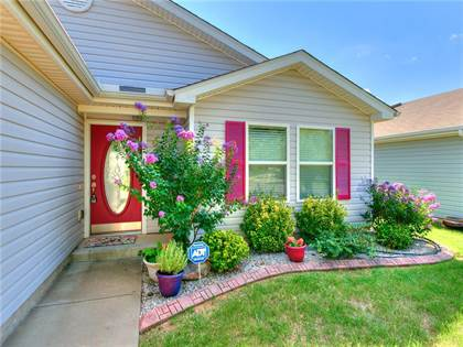 Residential for sale in 14600 Marbleleaf Drive, Oklahoma City, OK, 73013
