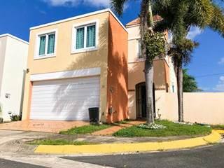 Single Family for sale in 22 CIELO DORADO VILLAGE, Vega Alta, PR, 00692