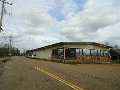 Commercial for sale in 102/104 W RAILROAD AVE, Crystal Springs, MS, 39059