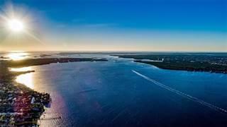 Single Family for rent in 14400 Laguna DR, Fort Myers, FL, 33908