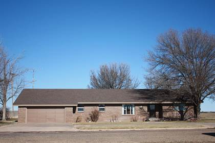 Residential Property for sale in 1037 1st St, Earth, TX, 79031