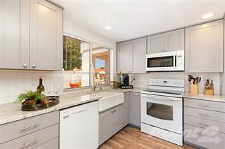 Residential Property for sale in 4662 Barcelona Way, Oceanside CA  92056, Oceanside, CA, 92056