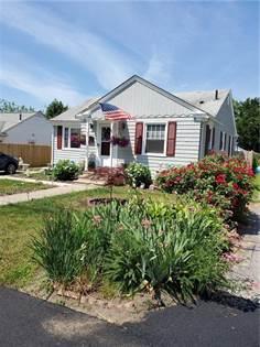 Residential Property for sale in 40 Lark Avenue, Cranston, RI, 02920