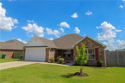 Residential Property for sale in 531 Lasso  LN, Centerton, AR, 72719