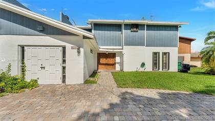 Residential Property for sale in 8200 SW 96th Ct, Miami, FL, 33173