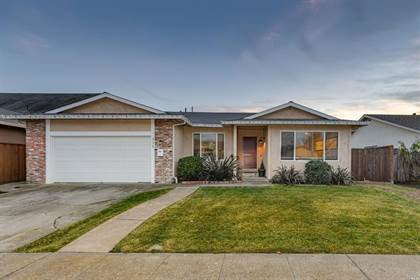 Residential Property for sale in 424 Garfield Drive, Petaluma, CA, 94954