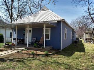 Single Family for sale in 412 S First Street, Iola, KS, 66749