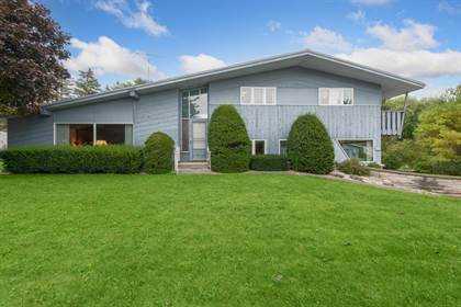 Residential Property for sale in 335 S JACKSON Street, Valders, WI, 54245