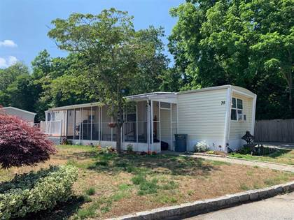 Residential Property for sale in 61-35 Forge Road, Riverhead, NY, 11901