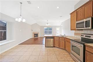 Single Family for sale in 1231 Lake Forest Drive, Grand Prairie, TX, 75052