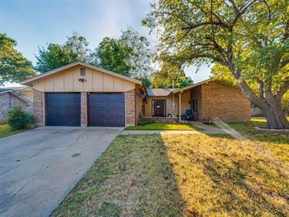 Residential Property for sale in 411 Lynda Court, Arlington, TX, 76010